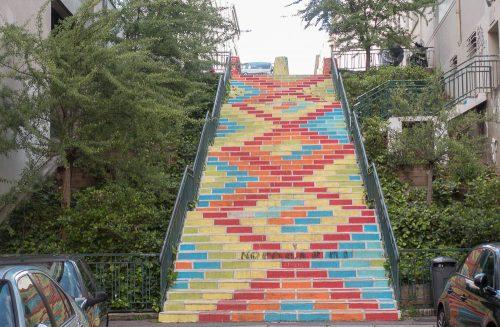 Escalier derrière la maison Brunet
