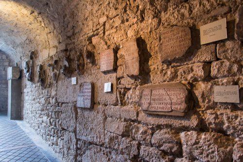 Inscriptions funéraires